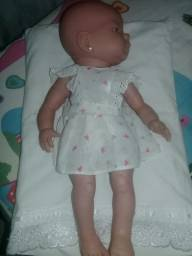 Bebê Reborn ROMA sem a caixa olhos castanhos lábios carnudos
