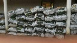 Carvão saco grande.