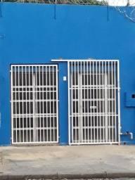Salão Comercial com moradia em frente do Colégio Coração de Jesus, Centro Sul, Cuiabá, MT<br>