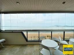 4 quartos com suíte de frente para o mar na mata da praia