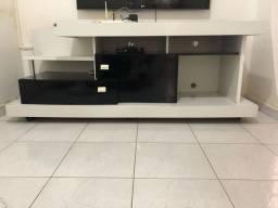 Vendo rack 500 reais e conjunto mesa de centro 400 reais