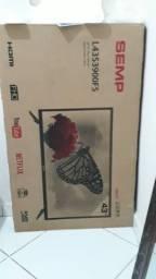 Smart Tv 43- Nova na caixa com proteção adesiva *
