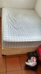 Vendo cama box casa de mola ensacada motivo mudança preco baixo pra ir embora hj