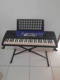 Vendo teclado Yamaha 61 teclas