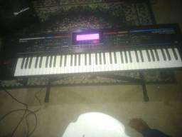 Vendo teclado sintetizador Juno stage
