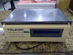 Balança Etiquetadora Prix 4, 30kg, com entrada para Computador (USADO)