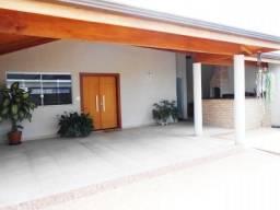 Casa Linhares Centro / Rodrigo *