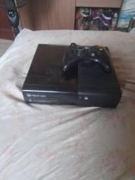 Vendo Xbox360  bloqueado 1 controle bloqueado