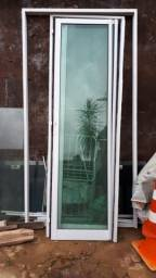 Porta de vidro temperado duas peças cor verde