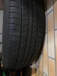 Pneu pirelli 265/65r17 scorpion str