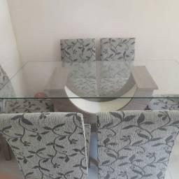 Mesa seis cadeiras