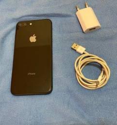 iPhone 8 Plus 64G Preto