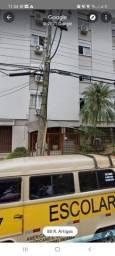 Apartamento 2 Dorm mobiliado Petrópolis