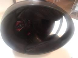 Vende-se esse capacete