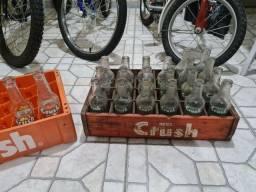 Engradado antigo refrigerante crush