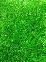 Grama sintética Decorativa 12mm - Verde - Importada (Modelo Europeu)