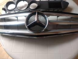 Grade Mercedes C200 2014 e painel originais