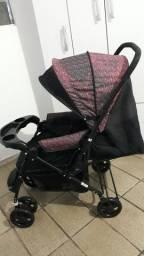 Carrinho de bebê semi novo unissex Da marca cosco