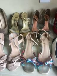 Sandálias e tênis femininos no DESAPEGO PECHINCHA em Caruaru...