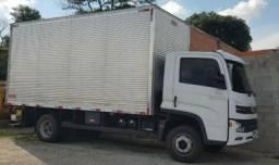 Carreto / Mudança caminhão Baú