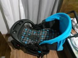 Berço e Carrinho de bebê Azul