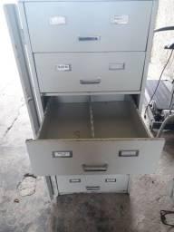 Arquivo de  Metal