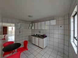T.F. Apartamento com 3 quartos no Bessa
