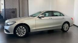Título do anúncio: Mercedes c180 baixa KM