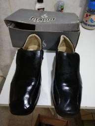 Sapato masculino social número 34