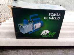 Bomba de vácuo nova na caixa