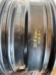Roda ferro Renault Duster aro 16.