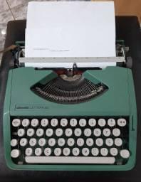 Maquina de escrever Olivetti Lettera 82 Original