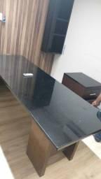 Vendo mesa de escritorio 2.50 por 1.00 metro de largura branco e envelopado preto Mamoré