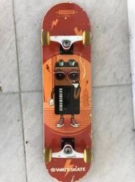Skate Red Bones