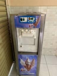 Maquina de sorvete italianinha p2