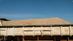 Distribuidora areia media caminhão trucado 98456- 8716
