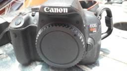 Corpo Canon Rebel T4i - EOS 650D + acessórios