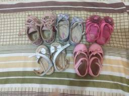 Roupas e calçados de menina