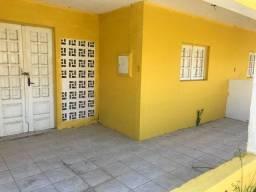 Alugo casa popular na avenida do Forte Orange