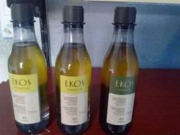 3 óleos trifásicos  1 andiroba e, 2 de maracujá.