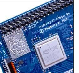 Raspberry Pi 3 B+ (quad-core 1.4ghz, 1gb Anatel Homologado