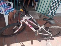 Vendo bicicleta da caloi aro 24 2 mes de uso