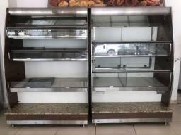 Frente de padaria completa com vitrines