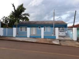 Casa 143 m2 e terreno de 700 m2 - Uvaranas Ponta Grossa PR