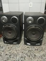 Duas caixa de som