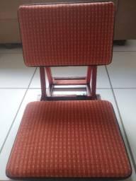 Cadeira / cadeirinha dobrável