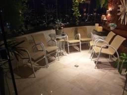 Conjunto de cadeiras e mesa p/ área interna ou externa