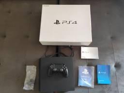 Playstation PS4 slim. Super novo. Urgente!
