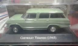 Miniatura Veraneio 1965 Verde Carros Inesqueciveis D Brasil