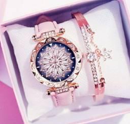 Relógio novo com bracelete
